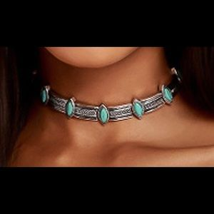 Jewelry - Silver alloy and turquoise Choker